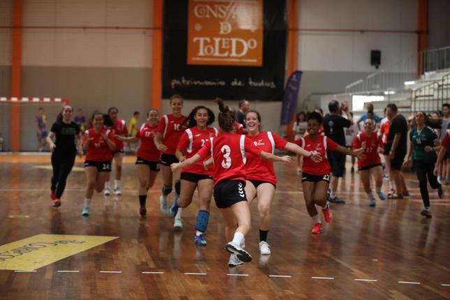 El Prado Marianistas domina la Toledo Handball Cup