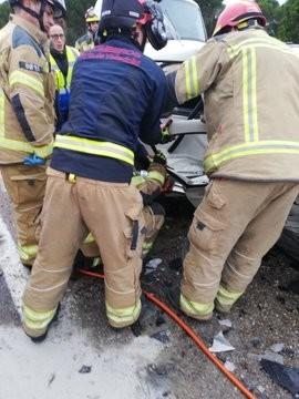 Dos heridos en un choque entre dos turismos en la CL-610