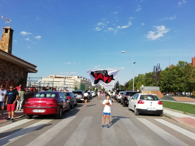Un centenar de coches se suma a la marcha lenta desde Soria