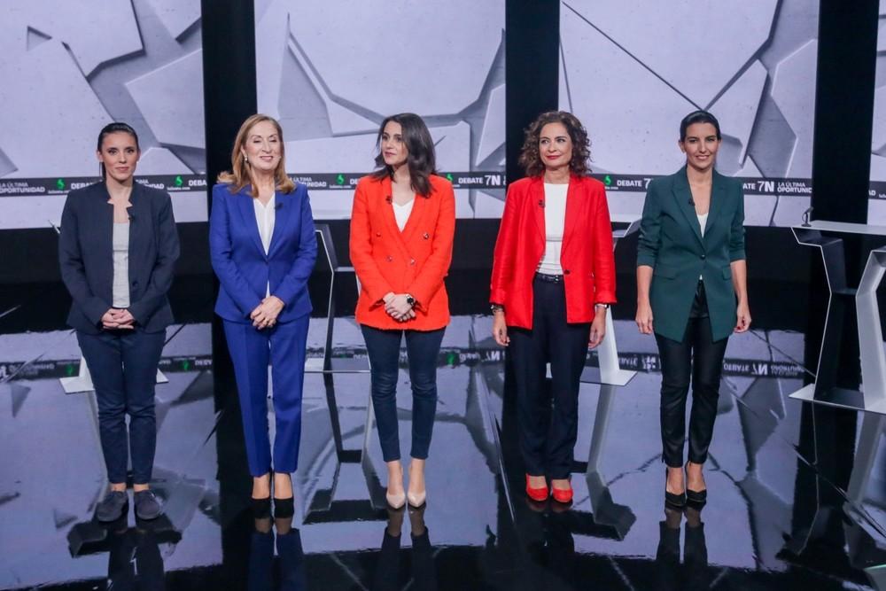 PSOE y PP se enzarzan en el último debate de la campaña