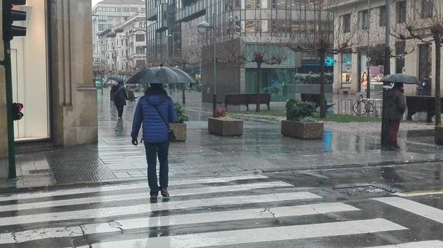 Pamplona, en alerta por el posible desbordamiento del Arga