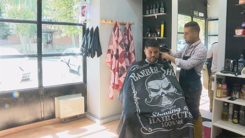 Las barberías se reinventan y adaptan a los nuevos tiempos