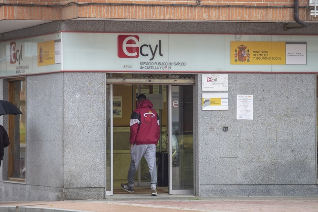 El paro cae en Ávila en 165 personas en febrero David Castro