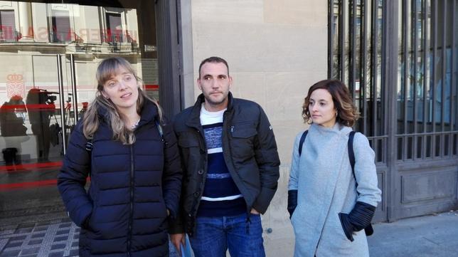 Las peticiones para Izan llegan al Palacio de Navarra