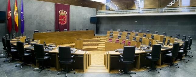 El Parlamento constituye hoy su Comisión Permanente