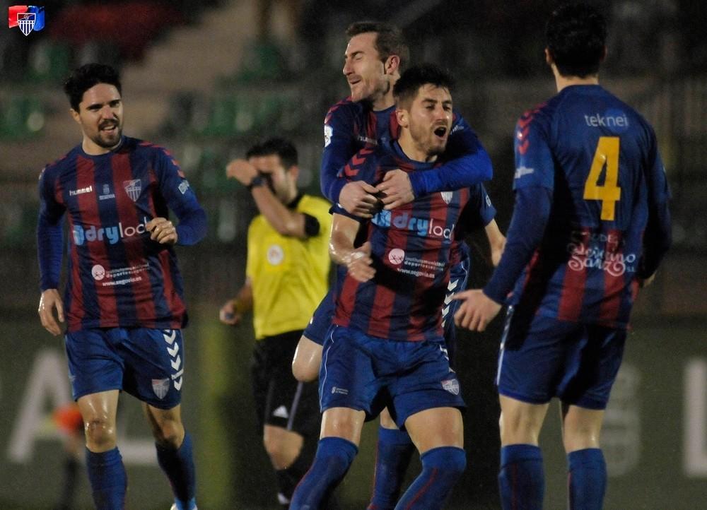 La Segoviana gusta y gana ante el Astorga