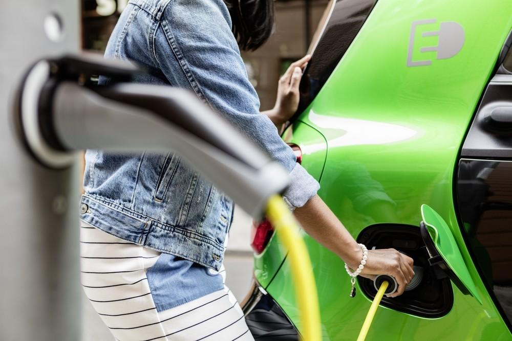 La venta de coches eléctricos en Europa se duplica hasta julio