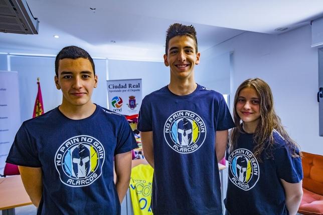 El Club Natación Alarcos exhibe poderío