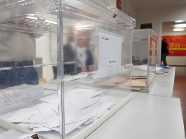 Arranca la jornada electoral del 28-A en Navarra