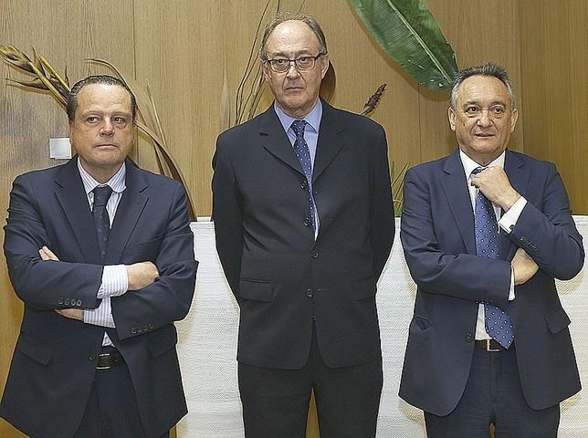 (De d. a i.) Mario Amilivia, Miguel Ángel Jiménez y Emilio Melero, de Cuentas Ical