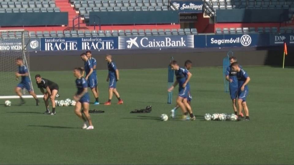 Oier es la principal novedad en la convocatoria para recibir al F. C. Barcelona