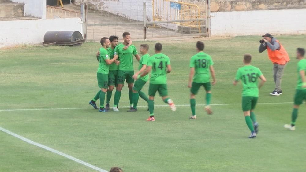 El Burgos celebra el primer gol del partido