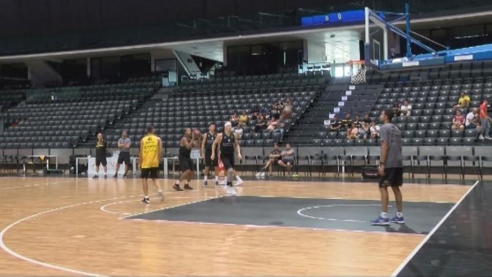 La ACB negocia llevar una competición al Navarra Arena