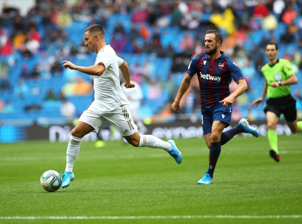 Benzema desmonta los planes de un combativo Levante
