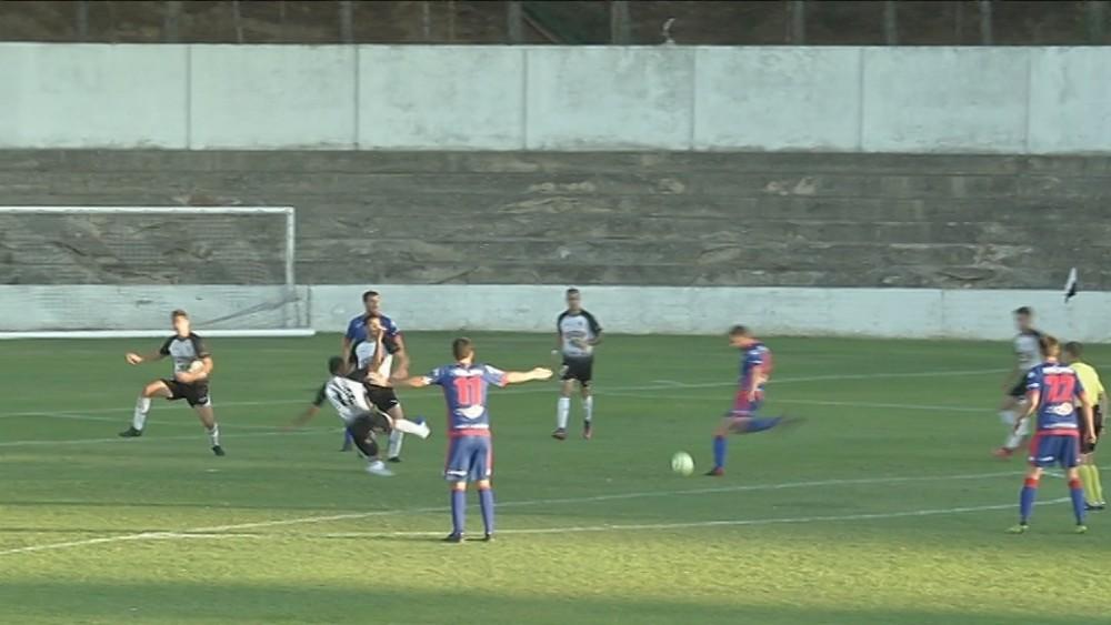 El Amorebieta pudo llevarse el partido con un par de acciones en la segunda parte
