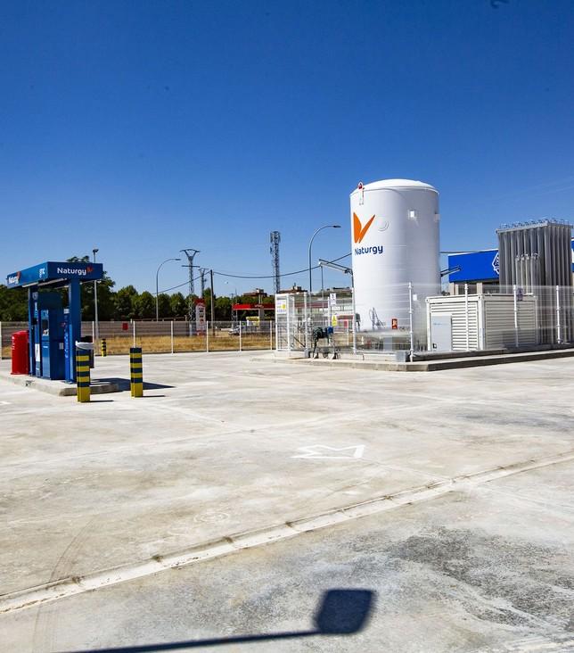 La primera gasinera de la capital abrirá en breve