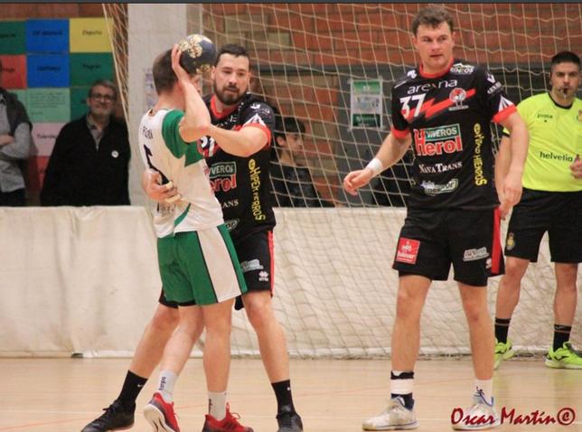 El derbi ante Zamora, clave para Balonmano Nava