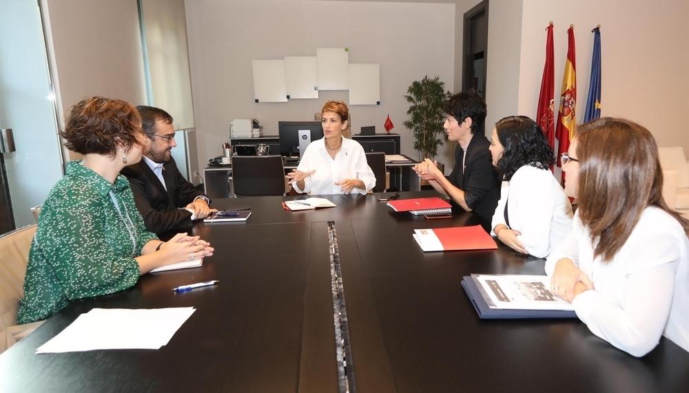 Chivite insiste en dar una solución a las madres del IRPF
