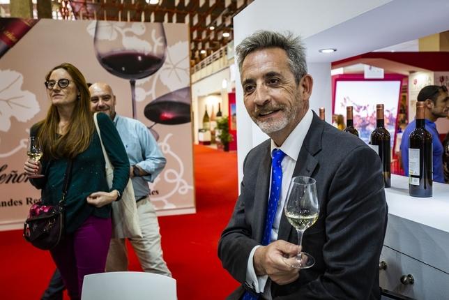 La DO Valdepeñas tira de teatro para promocionar sus vinos Rueda Villaverde