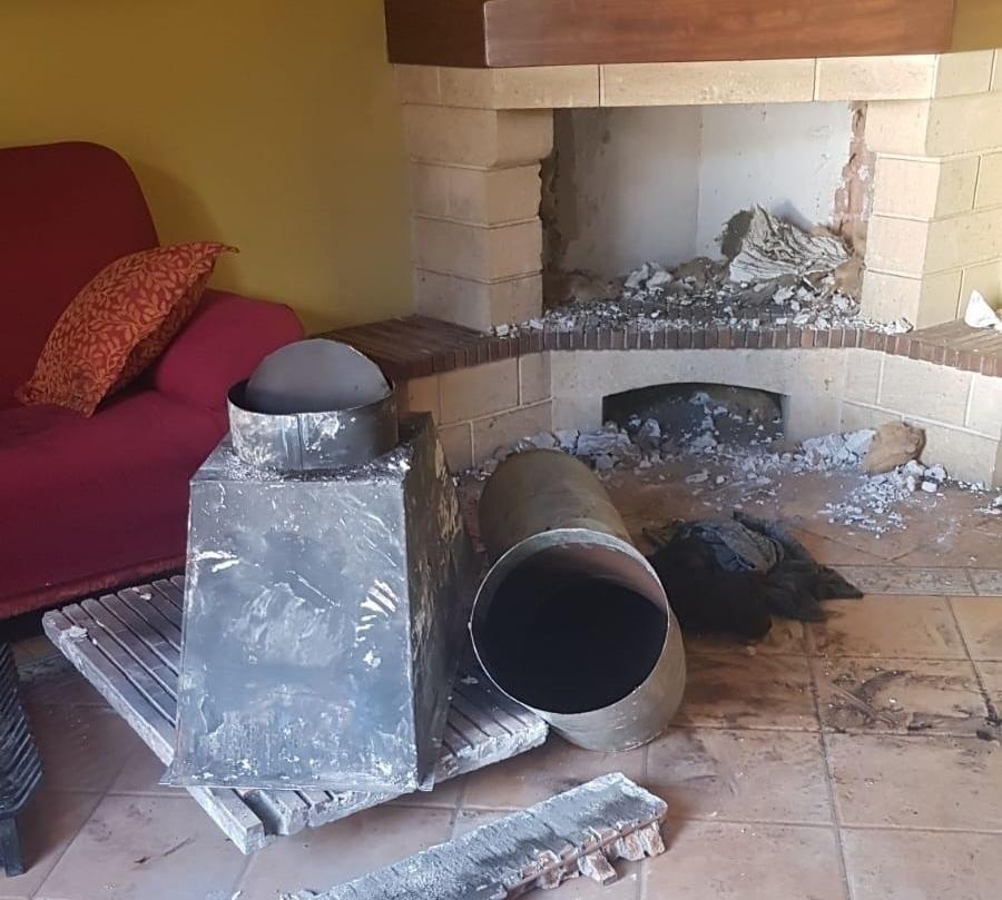 Un ladrón se queda atrapado en una chimenea en Granada