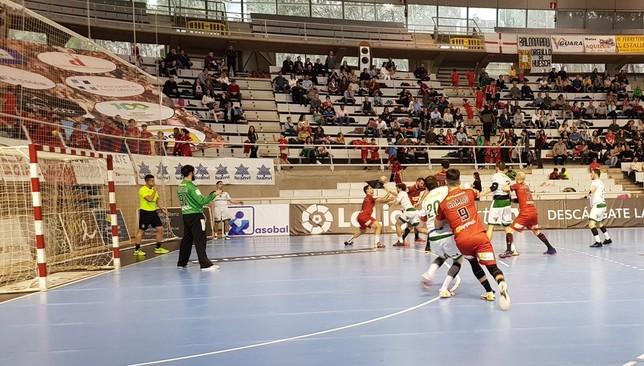 El Huesca sufrió para retornar a la senda del triunfo después de dos victorias en seis partidos @BmHuesca