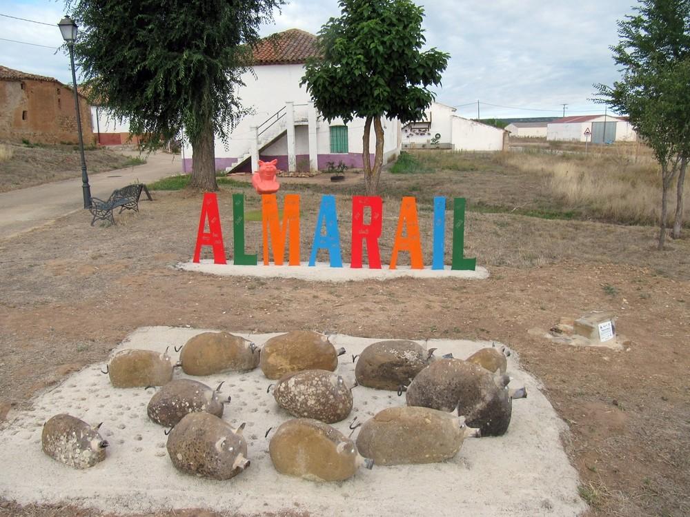 Homenaje al cerdo en Almarail