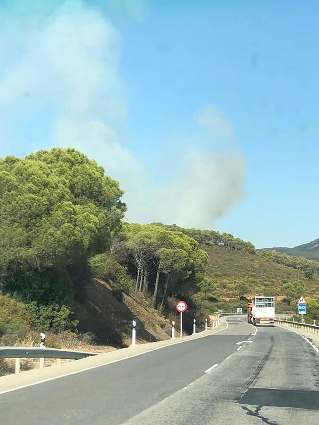Un camión provoca el incendio de Luciana tras un accidente