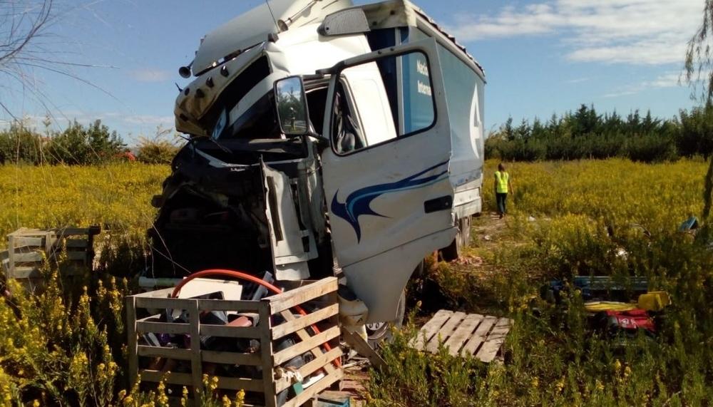 Muere en un accidente entre un camión y un tractor en Olite