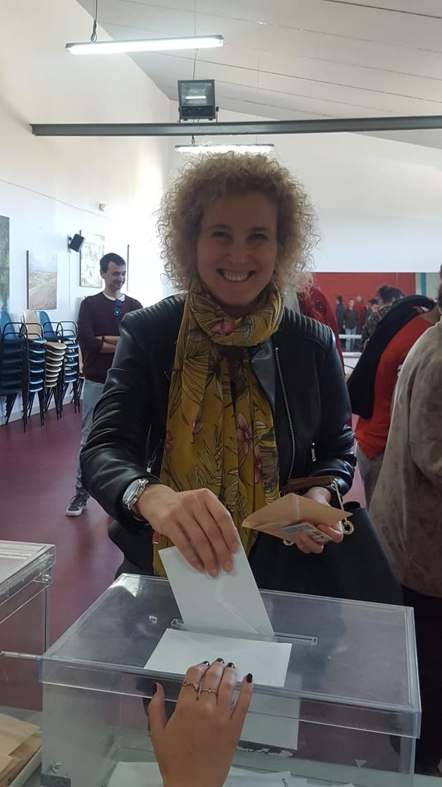La subdelegada del Gobierno, Lirio Martín, en el momento de la votación D.S.