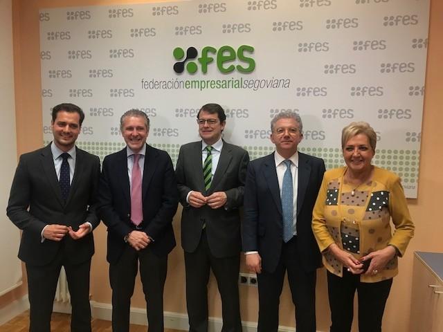 Desde la izquierda, Pablo Pérez, Andrés Ortega, Fernández Mañueco, pedro Palomo y Paloma Sanz