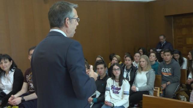 46 escolares de Sepúlveda, juristas por un día