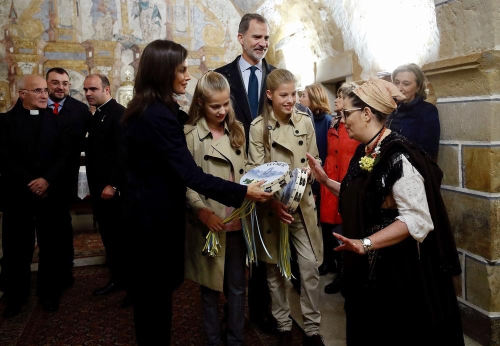 La visita de la Familia Real al 'pueblo ejemplar' de Asiegu