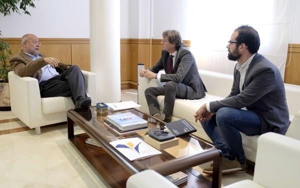 Igea y Martínez estudian formas de colaboración por Soria