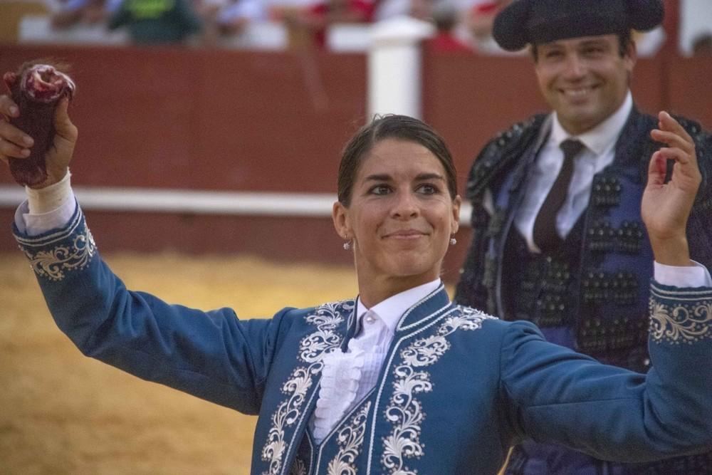 Guillermo Hermoso de Mendoza, a hombros en el fin de fiestas