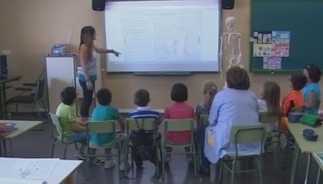 Más de 7.000 firmas contra las agresiones a los profesores
