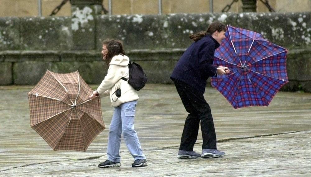 Alerta amarilla en Navarra por fuerte viento y lluvia