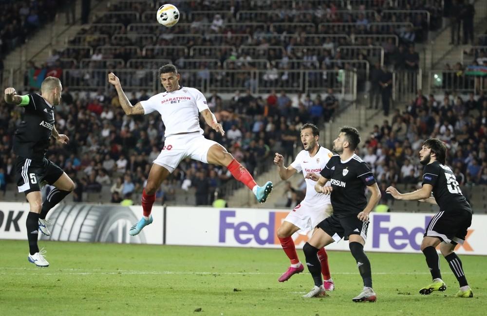 El Sevilla se estrena a base de goles