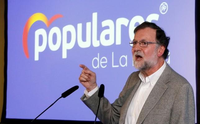 Rajoy alerta a los españoles de los