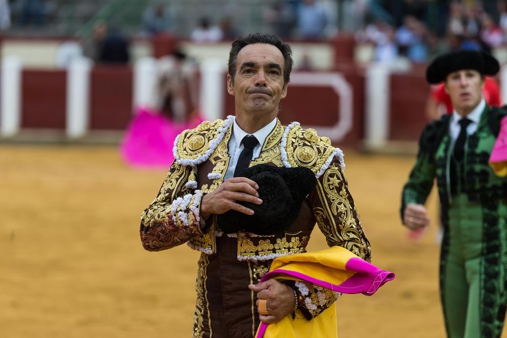 El Cid, en su despedida de Valladolid.