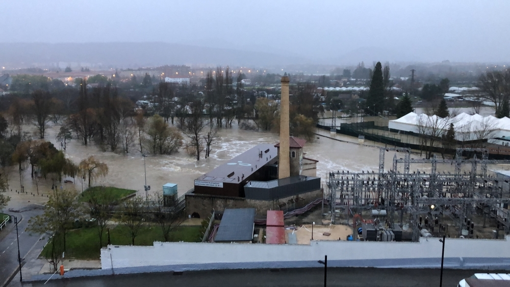 El río Arga se desborda a su paso por la comarca de Pamplona
