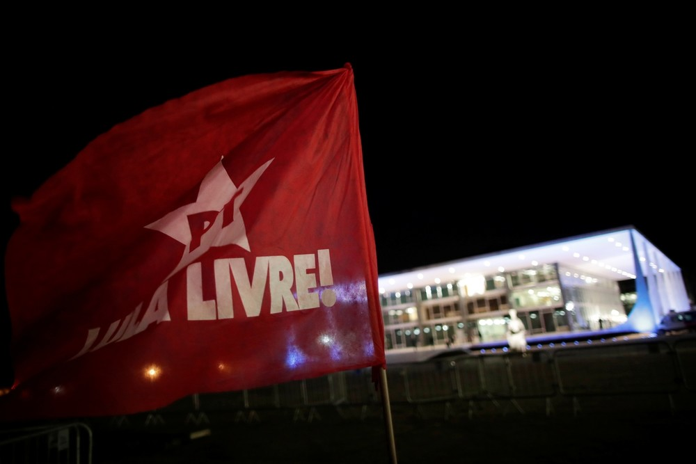El Supremo de Brasil le abre la puerta de la cárcel a Lula