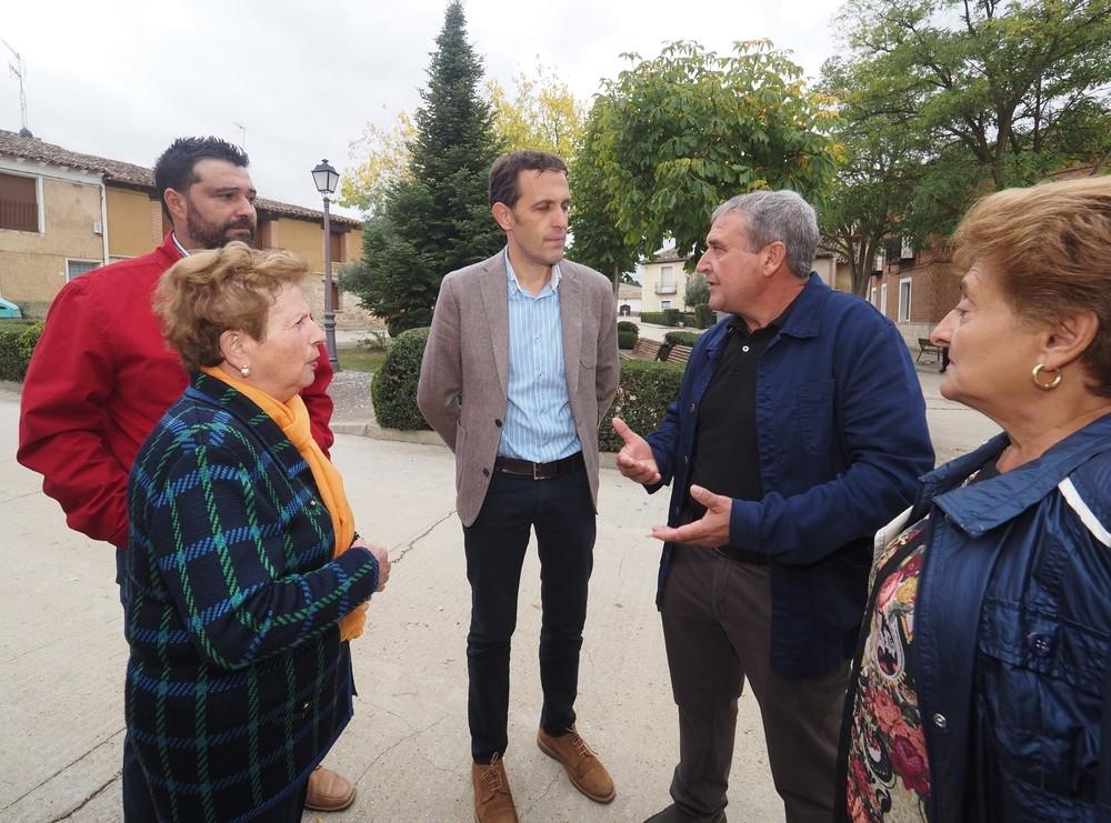 El presidente de la Diputación visita Valverde de Campos