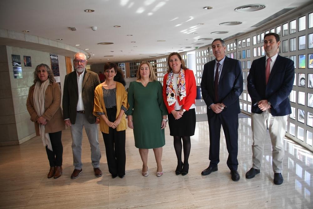 La Junta celebra el 25º aniversario del 'Miguel de Unamuno'