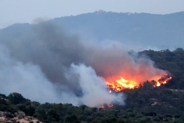 Un incendio descontrolado en Tarragona quema 4.000 hectáreas