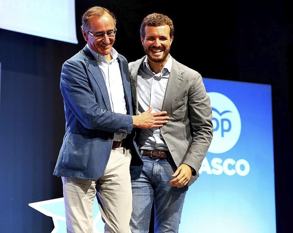 Casado insiste en el País Vasco en la idea de España Suma
