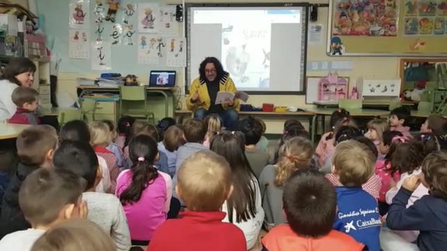 José Luis Torrego acerca la poesía a los centros escolares