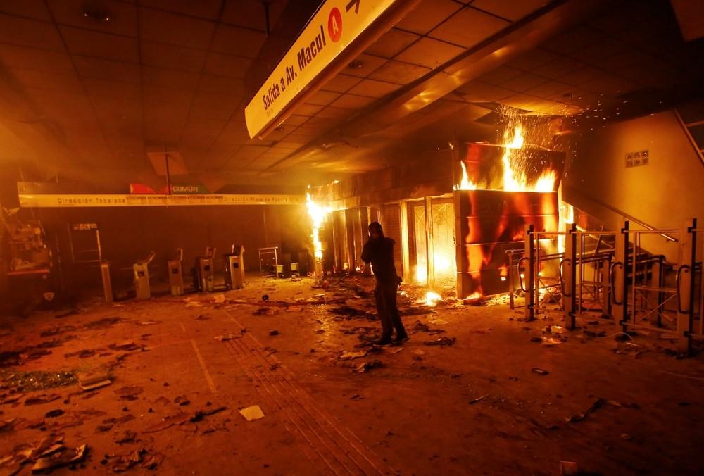 Santiago de Chile amanece tomada por más de 400 militares