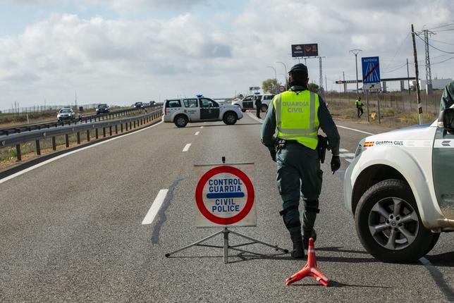 En casi todos los controles se detiene a gente por tráfico Rueda Villaverde