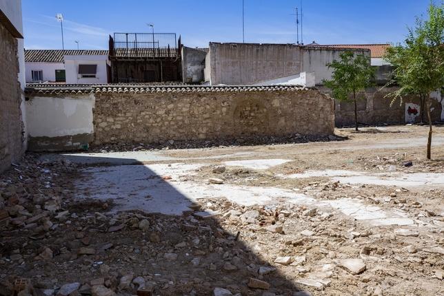 Estudian los restos hallados en el aparcamiento de Lirio Rueda Villaverde