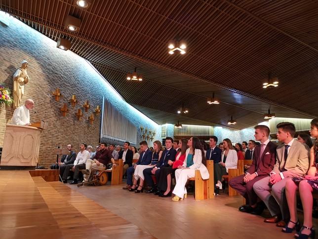 La primera promoción del siglo XXI se gradúa en el Claret